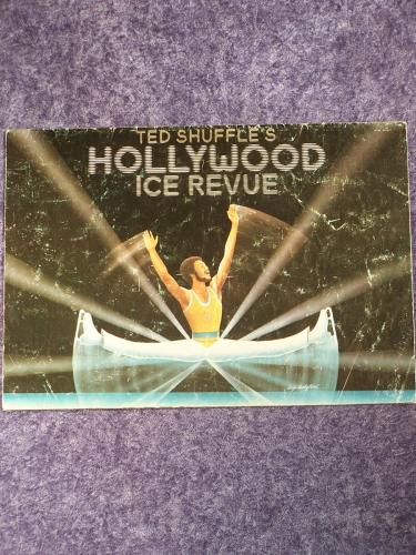 Hollywood Ice Revue